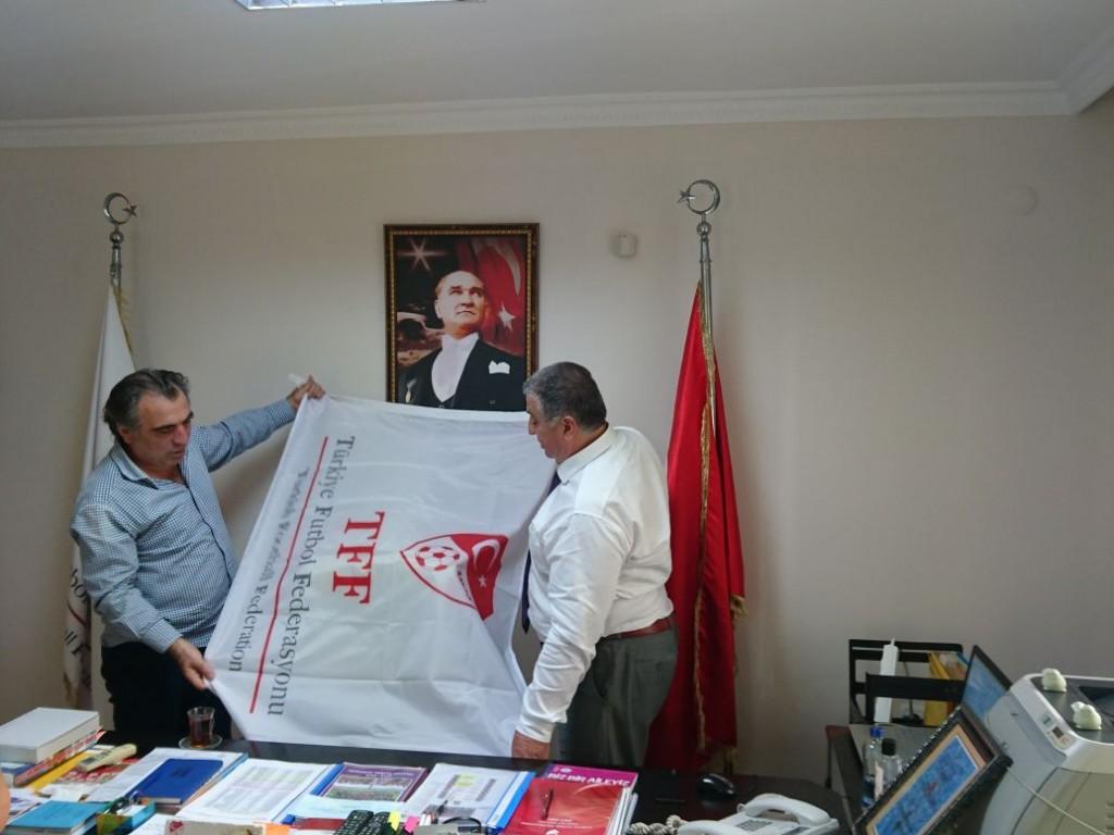TFF Antalya Bölge Md Sayın Ahmet Köksalan'ı makamında ziyaret ettik.
